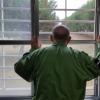 Японские пенсионеры специально садятся в тюрьму, чтобы их кормили